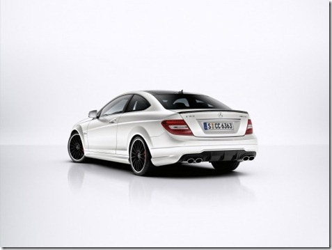 2012-mercedes-c63-amg-coupe-03