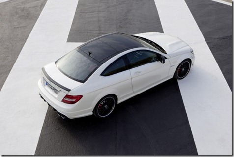 2012-mercedes-c63-amg-coupe-20