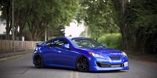 Genesis-Coupe-looking-Crazy-2.jpg
