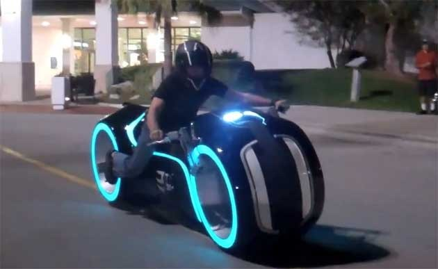 For real tron lightcycle spotted in suburban mall - Replica mobel legal ...