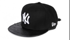 New-Era-Watch-The-Throne-Tour-Black-Yankees-Snapback_thumb.jpg