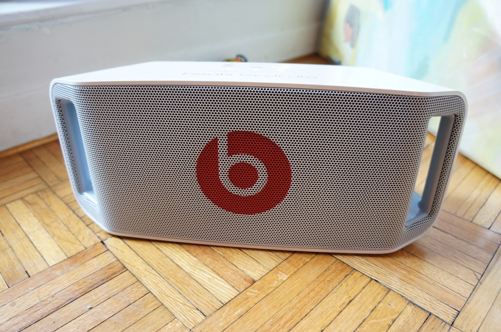 3f2bdc5fcb0 Beats By Dr Dre Beatbox Portable Review Lifestyles Defined