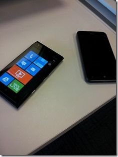 Lumia 900 Vs Titan