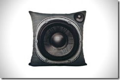 Meninos – Boombox Pillow Set, Something For Radio Raheem 3