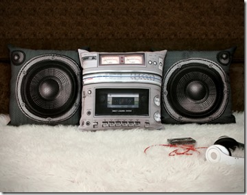 Meninos – Boombox Pillow Set, Something For Radio Raheem