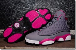 Air-Jordan-XIII-GS-Cool-Grey-Fusion-Pink-White-4_thumb.jpg
